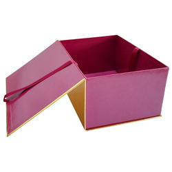 Ribbon closure cardboard apparel gift boxes