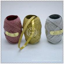 Œuf en ruban bouclé coloré de haute qualité