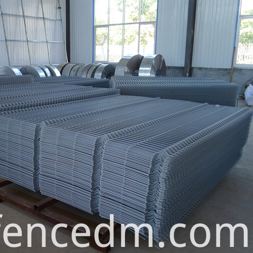 wire mesh fence 005