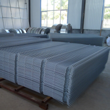 Manufactur standard for Triangle 3D Fence galvanized welded wire mesh fence supply to Latvia Importers