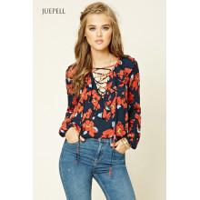 Модная женская блузка с цветочным принтом