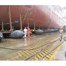 bolsa de ar de borracha do cais marinho do barco
