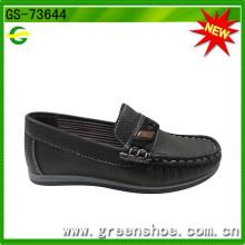 Sapato de segurança de produto novo para criança