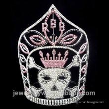 La plata al por mayor plateó la corona cristalina de Halloween del cráneo
