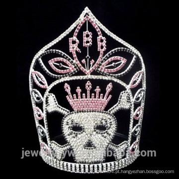 A prata por atacado chapeou a coroa do crânio
