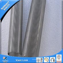 Tuyau perforé en spirale en acier inoxydable / tuyau perforé en spirale à trous ronds