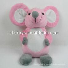 brinquedo de rato de pelúcia rosa fofo e pelúcia