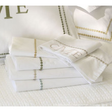 Top Selling Made in China 50% Cotton 50%Polyester Embroidery Pillow Case/Pillow Protector
