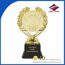 Los trofeos de oro más modernos y premios de la fábrica de porcelana hechos