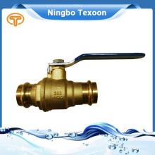 Válvula de bola de alta calidad bronce prensa completo puerto de China proveedor