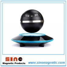360 Grad drehbarer und umlaufender Maglev Bluetooth Lautsprecher