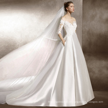 Langes Hülsen-Satin-Hochzeits-Kleid