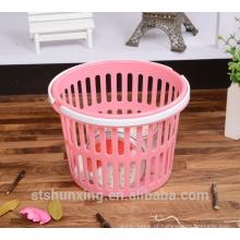 Barato acessível armazenamento mini punho de plástico cesta com alça