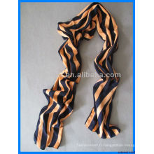 Robe en écharpe à la mode