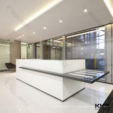Réception de bureau moderne en surface solide blanche et noire
