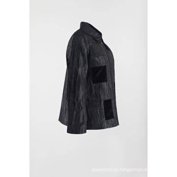 Abrigo negro parcheado casual en arruga chaqueta