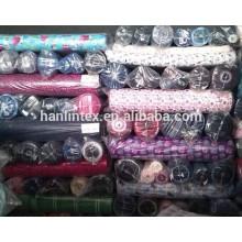 Plusieurs modèles de tissu de flanelle en coton imprimé réactif en stock