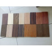madeira projetada para móveis
