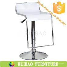 Bancada de plástico de alta qualidade em plástico de altura Bar Stools / Pub Chairs