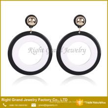 Acrylharz-Tropfen-Ohrringe Schwarz Weiß Plain Runde Kreis Ohrringe
