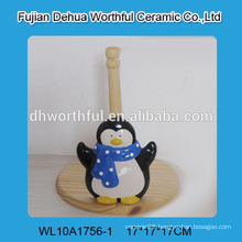 2015 animal tissue holder,ceramic tissue holder in penguin shape