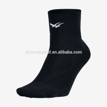 Großhandelsmänner Sportsocken-laufende Socken Massengroßhandelsgewohnheitssocken