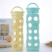 Botella de agua de vidrio sin BPA con funda de silicona