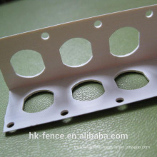 Galvanized perforted corner bead
