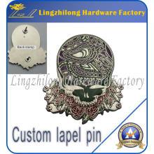 Badge en métal avec logo personnalisé