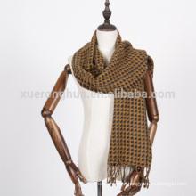 lenço de caxemira de crochet feito à mão