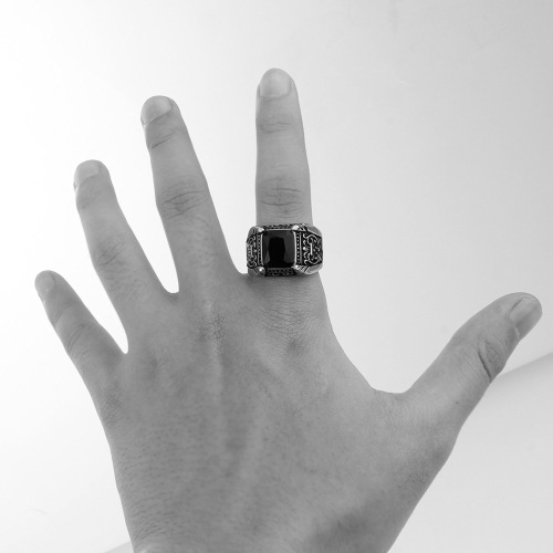 black jewelry ring