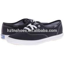 China-Fabrik-Segeltuch-Schuh-Großhandelsmassen-Frauen-beiläufiger flacher Schuh