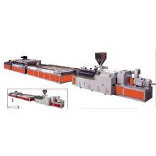 Linha de produção da placa da porta da madeira do PVC / máquina da produção