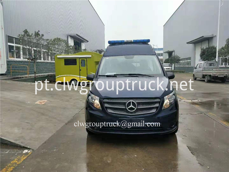 Benz Ambulance 2