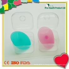 Детская силиконовая щетка для чистки лица