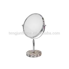 Miroir de salle de bain à chaud avec coque de stylo naturel