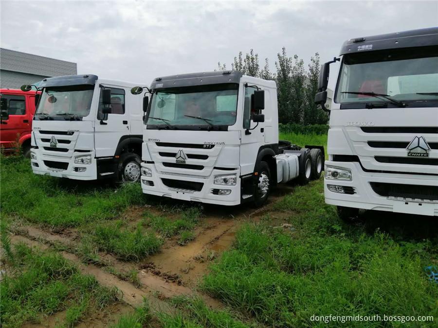 Sinotruck Howo 6x4 Truck Head 371hp 3
