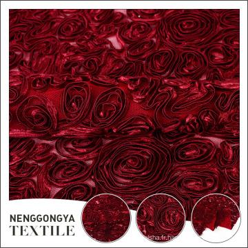 Belle broderie de ruban de soie floral de polyester en gros pour la robe