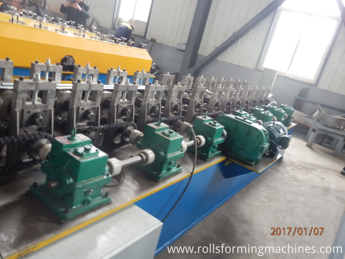 gearbox shutter door machine (13)