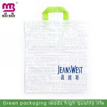 Individuell bedruckte Plastik-Recycling-Taschen mit Tragegriff zum Aufhängen von Kleidung