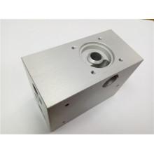 Valve port of medical ventilator