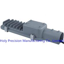 Pièces d'injection de usinage de commande numérique par ordinateur pour le produit de réverbère