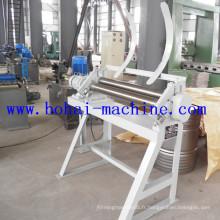 Machine à rouler sur un cercle pour la fabrication de barils d'acier