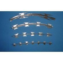Feuerverzinkt verzinkt Stahl Razor Barbed Wire