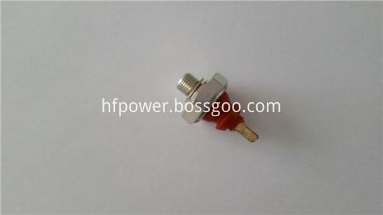 2011 oil pressure sensor 01182482 (1)