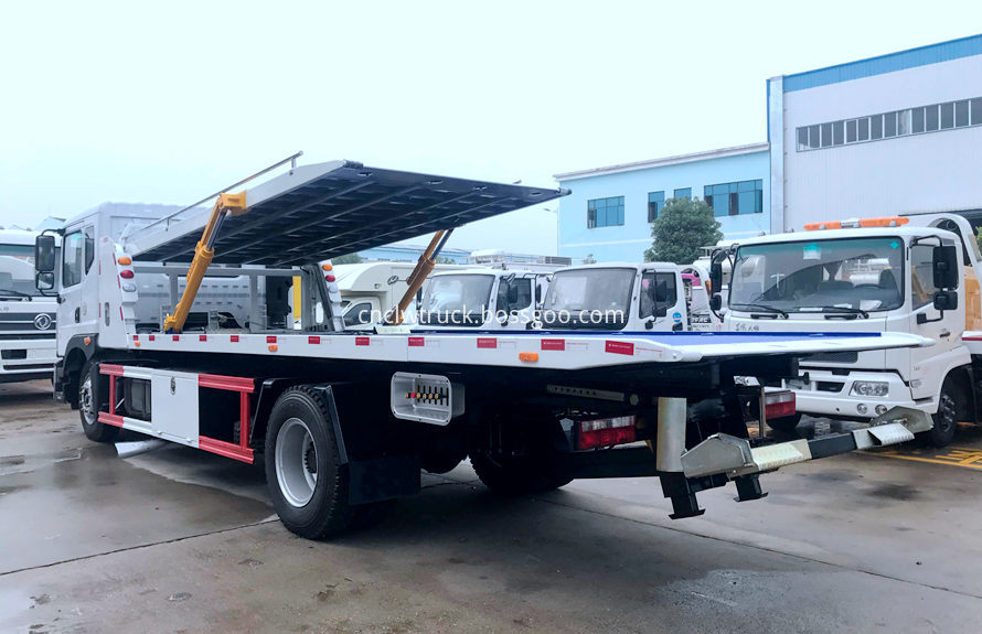 flatbed tow truck 3