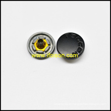 Snap botón con logotipo personalizado en Semi Color negro