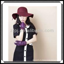 Chinoise 2013 en gant en cuir