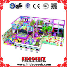 Zona de juegos para niños cubierta estándar europea para la venta