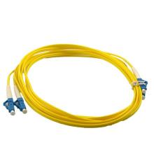 Bonne qualité LC SC FC ST APC UPC cordon de connexion de fibre optique, câble optique fibre optique g655